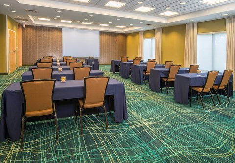 SpringHill Suites Hagerstown - Meeting Room - Classroom Setup