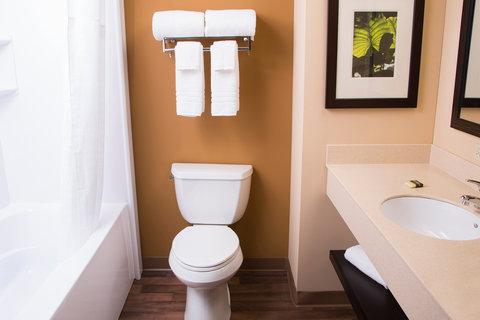 Extended Stay America Denver Tech Center Central Hotel - Bathroom
