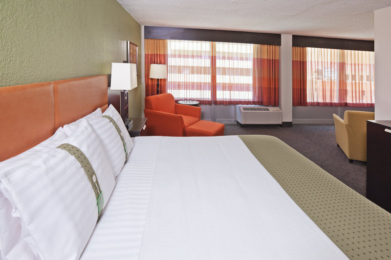 Holiday Inn Tulsa City Center - Tulsa, OK
