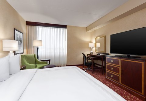 Columbus Airport Marriott - Executive King Guest Room