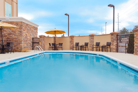 Holiday Inn Express & Suites HUNTSVILLE WEST - RESEARCH PK - Swimming Pool