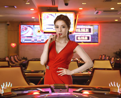 Caravelle Hotel - Vegas Club at  Caravelle Saigon Ho Chi Minh