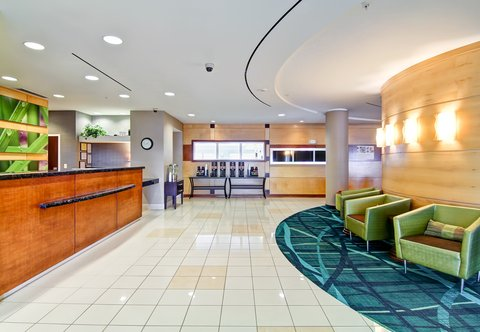 SpringHill Suites Erie - Lobby