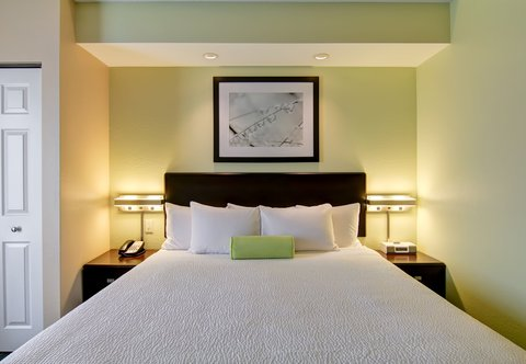SpringHill Suites Erie - King Suite