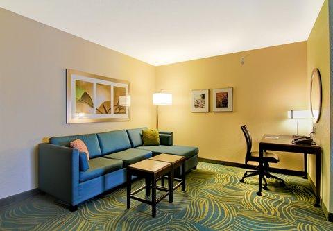 SpringHill Suites Erie - Suite Living Area