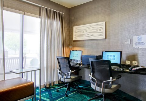 SpringHill Suites Erie - Business Center