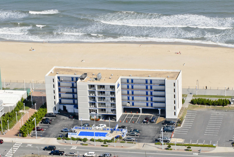 Flagship Inn In Virginia Beach Va 23451 Citysearch