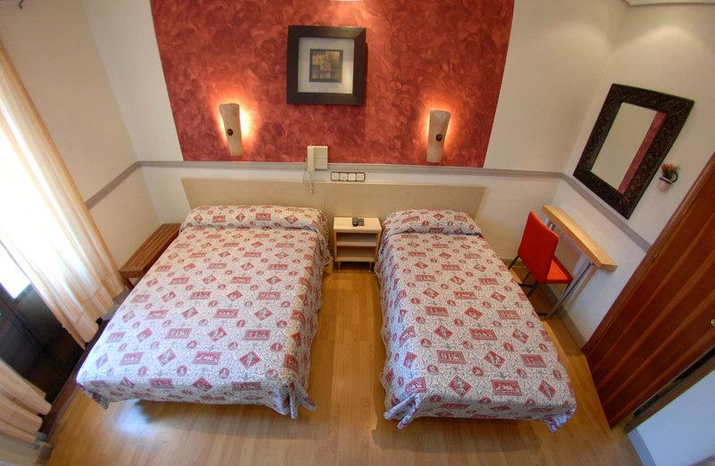 Hostal The Good Rooms (antiguo hostal la plata)