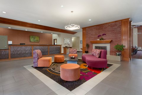 Homewood Suites by Hilton Longview - Lobby Seating Area