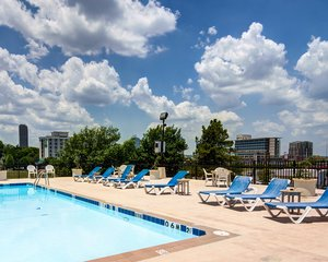 Pool - Comfort Inn & Suites Downtown Little Rock