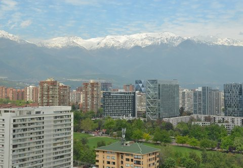 Courtyard Santiago Las Condes - Guest Room - Mountain View