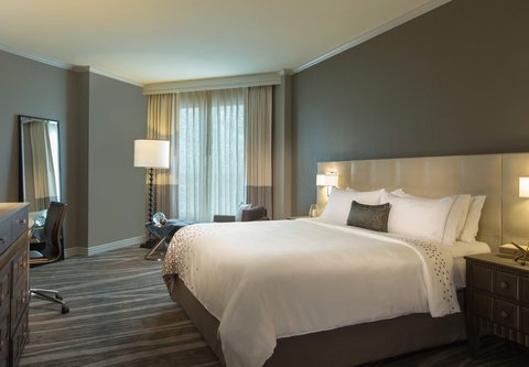 Renaissance Tampa International Plaza Hotel - Executive King Guest Room