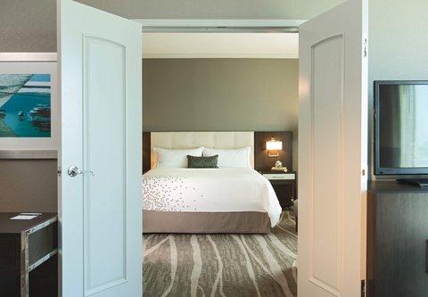 Renaissance Tampa International Plaza Hotel - Executive King Suite