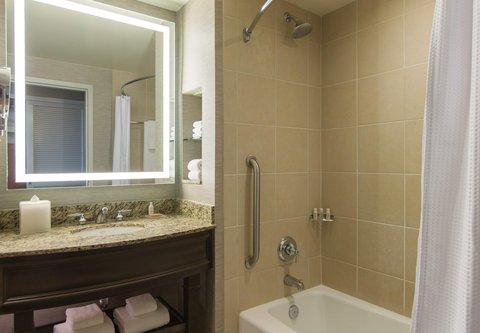 Renaissance Tampa International Plaza Hotel - Guest Bathroom