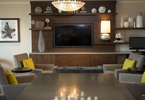Renaissance Tampa International Plaza Hotel - Club Lounge - Seating Area