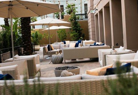Renaissance Tampa International Plaza Hotel - Pelagia Trattoria - Outdoor Patio Dining