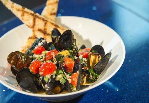 Renaissance Tampa International Plaza Hotel - Pelagia Trattoria - Steamed PEI Mussels