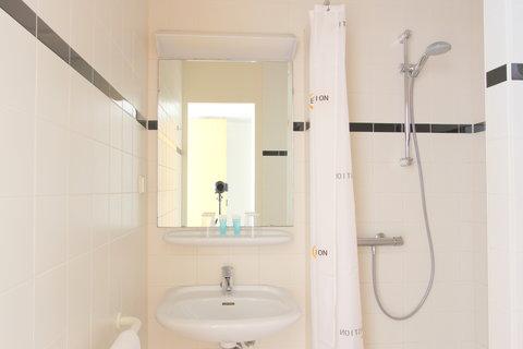 Bastion Hotel Haarlem - Bathroom Comfort Room