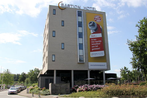 Bastion Deluxe Hotel Breda - Exterior View