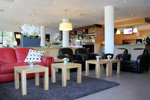 Bastion Deluxe Hotel Breda - Lobby