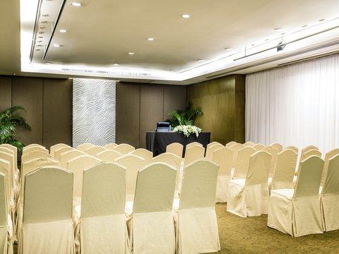 Novotel Bangkok on Siam Square - Meeting Room