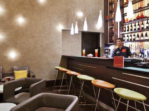 Ibis Al Rigga Hotel - Restaurant