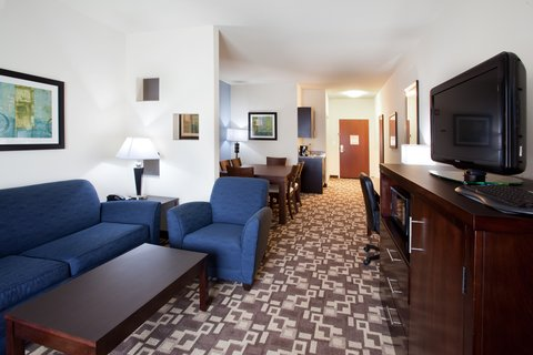 Holiday Inn Express & Suites ATLANTA ARPT WEST - CAMP CREEK - Holiday Inn Express   Suites Atlanta Arpt West Executive Suite