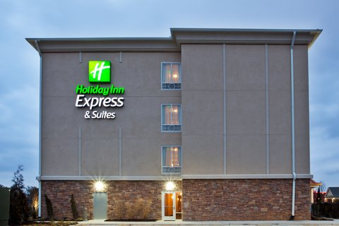 Holiday Inn Express & Suites ATLANTA ARPT WEST - CAMP CREEK - Holiday Inn Express   Suites Atlanta Arpt -Hotel Exterior