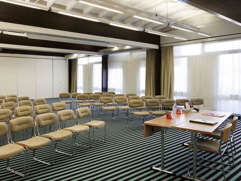ibis Styles Avignon Sud - Meeting Room