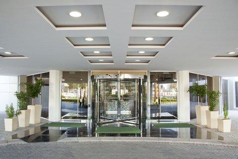 فندق هوليدي ان ازدهار - Modernistic Guests  Entry