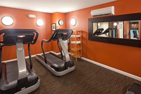 Holiday Inn Express-Downtown - Fitness Center