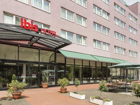ibis Berlin Airport Tegel - Exterior
