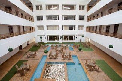 Velvet Clarks Exotica Zirakpur Hotel - Pool