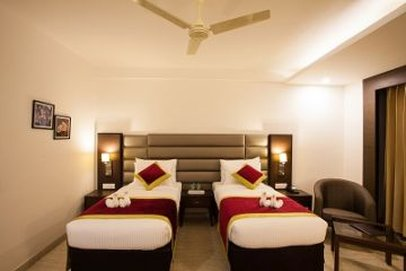 Velvet Clarks Exotica Zirakpur Hotel - Room