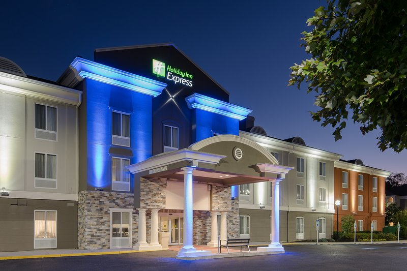 HOLIDAY INN EXP STES MT. LAUREL