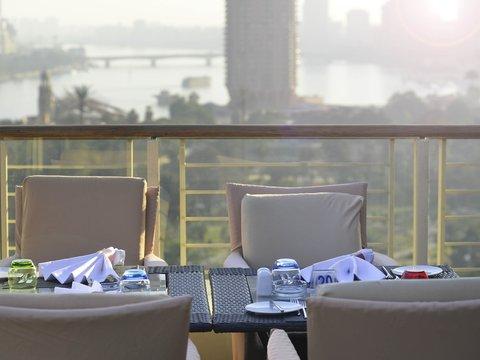 فندق نوفوتيل القاهرة البرج - Restaurant