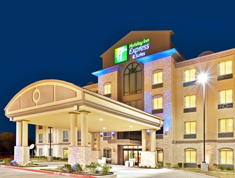 Holiday Inn Express & Suites DALLAS EAST - FAIR PARK - Hotel Exterior