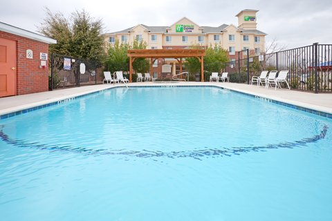 Holiday Inn Express & Suites DALLAS - GRAND PRAIRIE I-20 - Swimming Pool