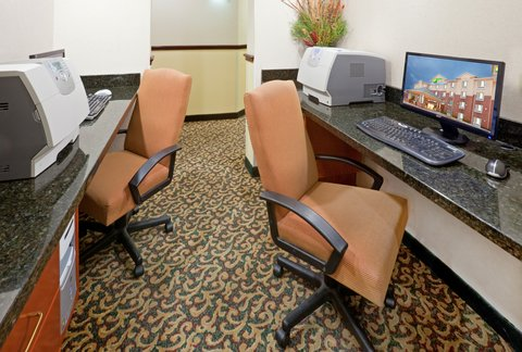 Holiday Inn Express & Suites DALLAS - GRAND PRAIRIE I-20 - Business Center
