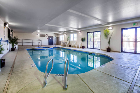 Comfort Inn Buffalo - Pool
