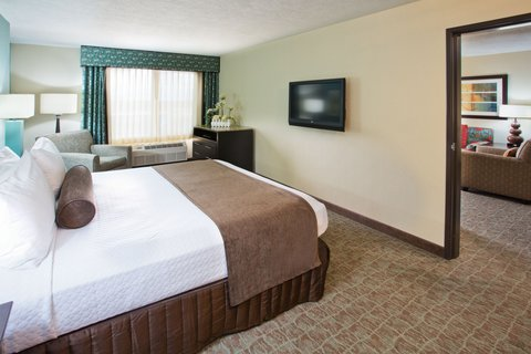 Crowne Plaza ANCHORAGE-MIDTOWN - King Spa Suite