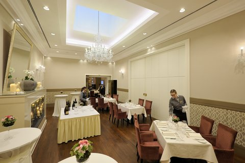 Kastens Hotel Luisenhof - Fireplace Room at Kastens Hotel Luisenhof