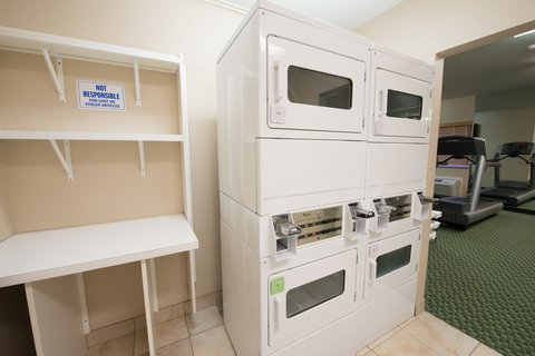 Candlewood Suites BISMARCK - Laundry Facility