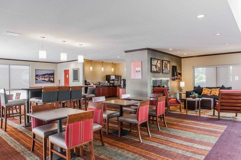 Comfort Inn - Essington, PA