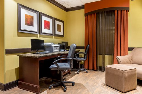 Holiday Inn Express ATLANTA AIRPORT-COLLEGE PARK - Business Center