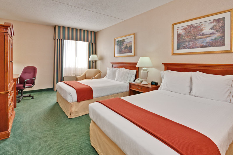 Holiday Inn Express DETROIT-WARREN (GM TECH CTR) - Warren, MI
