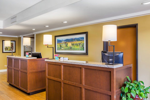 Napa Winery Inn, An Ascend Hotel Collection Member - Front Desk