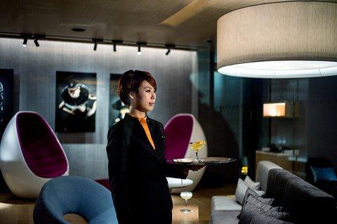 香港柏宁铂尔曼酒店 - Ebb   Flow - Lobby Bar