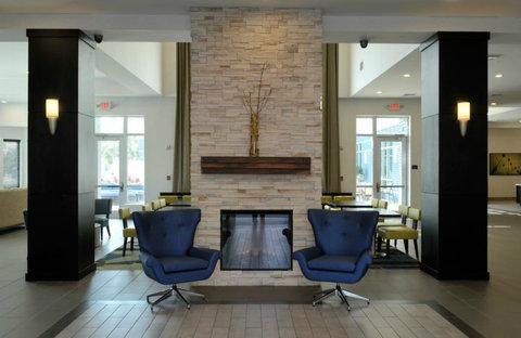 Staybridge Suites ST. PETERSBURG DOWNTOWN - Hotel Lobby