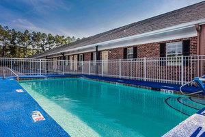 Pool - Econo Lodge Santee